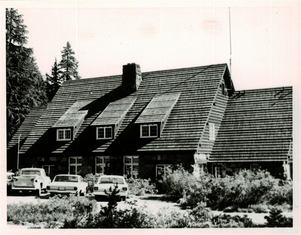 Administration Building in Crater Lake NP, Summer 1966 Robert O. Bruce, Chief Park Naturalist 2