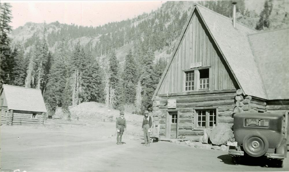 Administration building Ranger cabin to left in Crater Lake NP, circa 1930