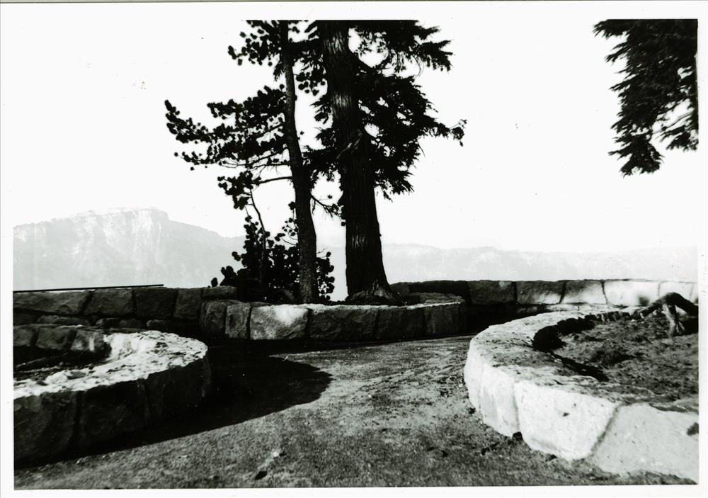 Bay along promenade located west of Crater Lake Lodge, 1932