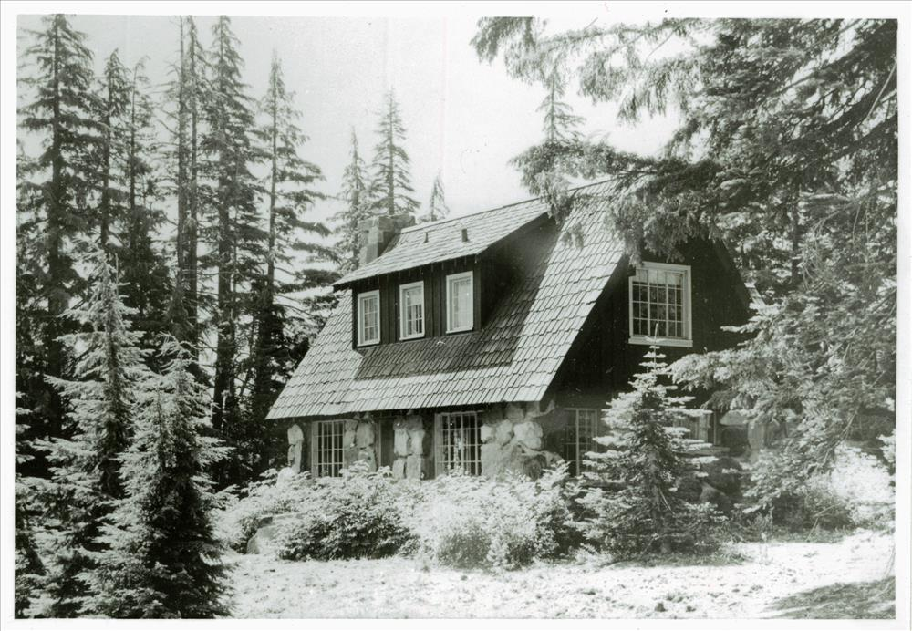 Building 20 (Naturalist's residence) in Crater Lake NP, circa 1941