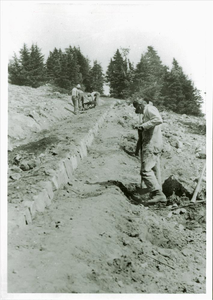 Building the Watchman Trail in Crater Lake NP, 1931