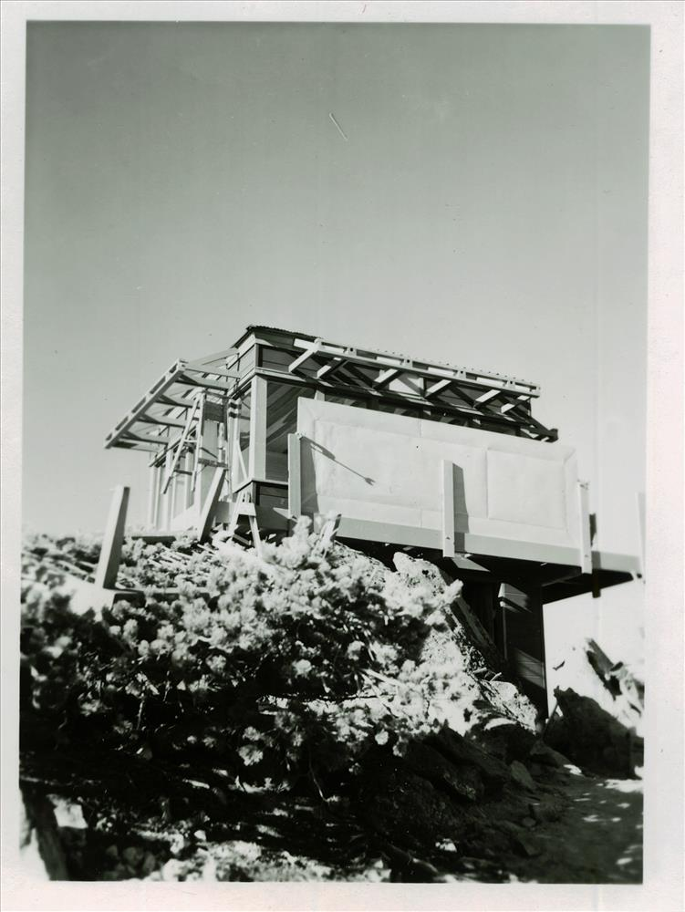 Building the new fire lookout on Mt. Scott in Crater Lake NP, 1940s