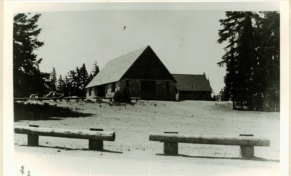 Cafeteria and comfort station in Crater Lake NP, 1930s probably Francis Lange
