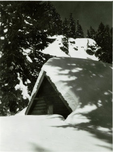 Employee Quarters in Winter in Crater Lake NP (date unknown) 2