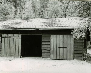 Garage in Crater Lake NP, 1941 Annie Springs rear of Super old residence, Grant
