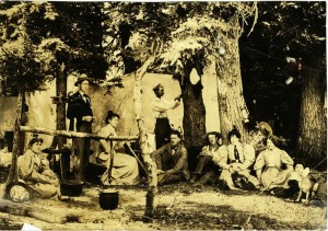 Ivan D. Applegate Family at Mt Mazama Celebration at CL, Mrs Ivan A, Morey A, Alice A, Tom Paterson, Ivan A, Elmer A, Eda A, Lena A, Jessie A date unknown