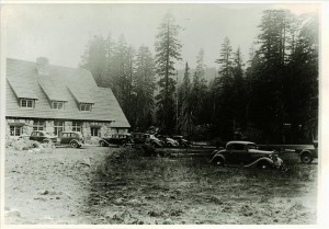 Parking lot at rear of Administration Building in Crater Lake NP, 1937 Francis Lange photo