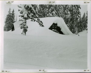 Ranger Dormitory in Crater Lake NP, 1957 Rundell