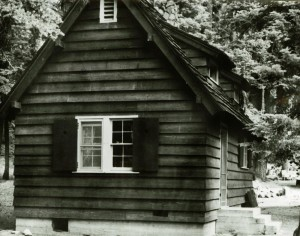 Sleepy Hollow residence in Crater Lake NP, 1941 7 George Grant