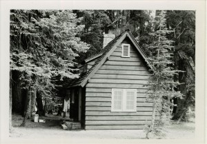 Sleepy Hollow residence in Crater Lake NP, 1941 8