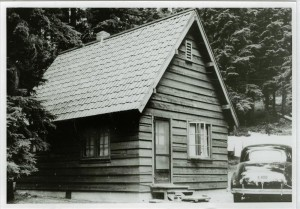 Sleepy Hollow residence in Crater Lake NP, 1941 Grant