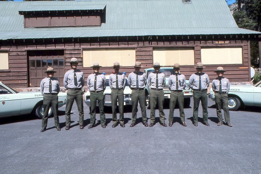 Lloyd is third from the right.