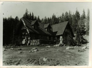 Superintendent's residence, Munson Valley in Crater Lake NP, 1934