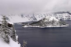 avalanche-crater-lake-winter