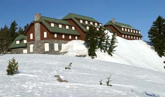 crater-lake-lodge-spring2